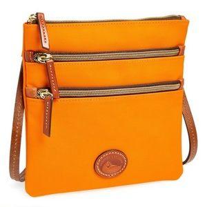 Crossbody orange zippers DOONEY BOURKE North South